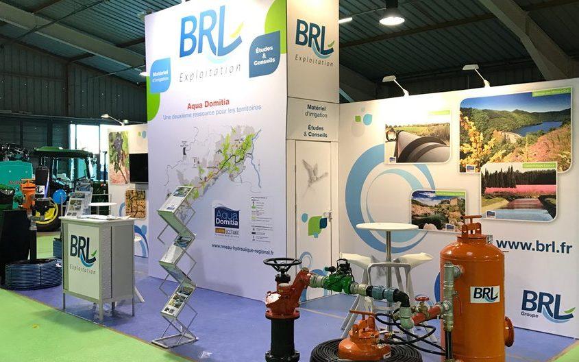 Stand 9m2 avec cadres rétro éclairés et tissu tendu pour le Salon international des énergies renouvelables Energaïa à Montpellier.