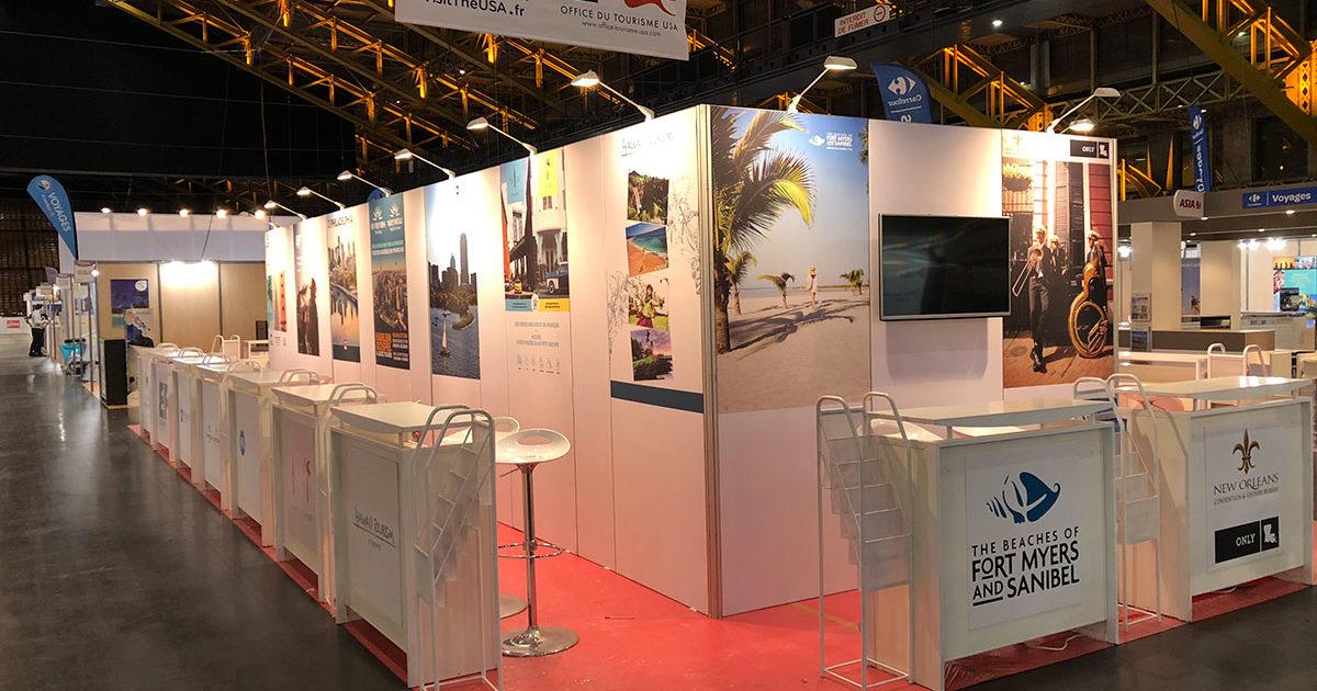 Stand d'exposition Le Transversale pour l'office de tourisme des USA. Stand itinérant partout en France