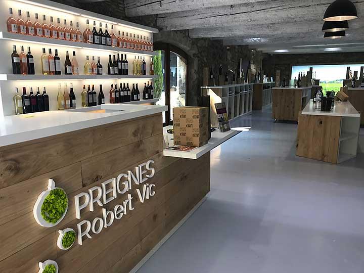 Agencement boutique de vente - Preignes le Vieux/ Vias - Scenographie, conception fabrication et aménagement complet de 130 m2 d'espace de vente