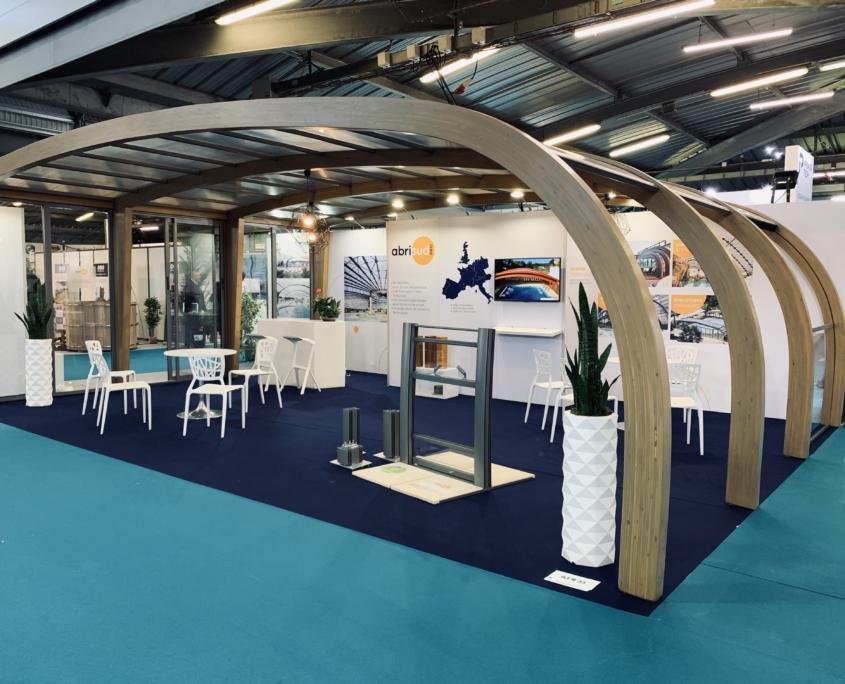 Conception - installation de stand 100% ALU et Tissus tendus. Stand modulable et multi destination en France et Europe. Conception de stands d'exposition Transversale